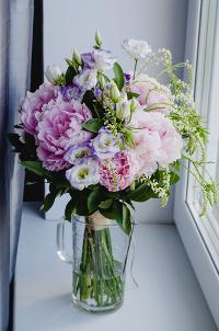 conseils pour conserver vos fleurs une deux semaines. Black Bedroom Furniture Sets. Home Design Ideas